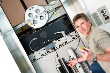 IT PAYS TO BE AN ELEVATOR MECHANIC! - SEES Inc