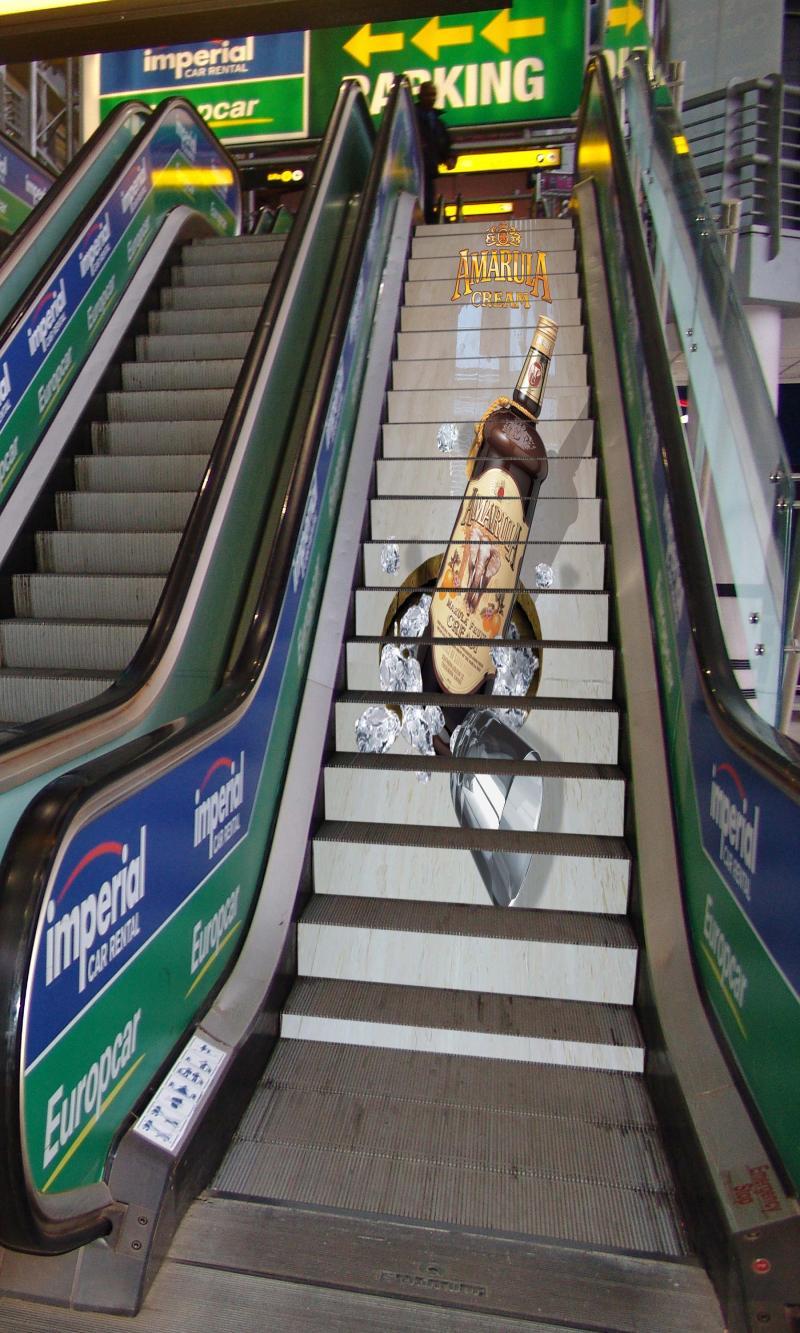 20 Cool Ads Using Escalators Sees Inc